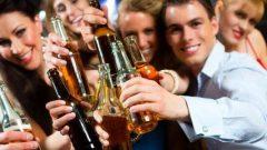 Thuốc chữa viêm gan B - Hạn chế uống rượu bia